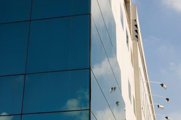 Privacidade com vidro refletivo