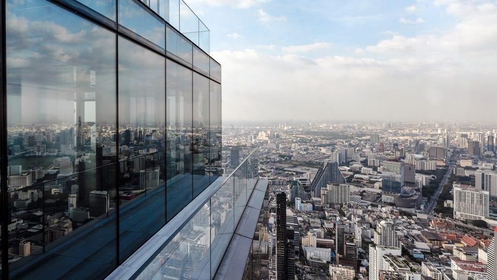 Pressão do vento em estrutura de vidro