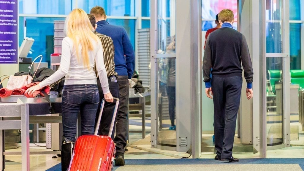 Uso do vidro Corning® Med-X® em aeroportos
